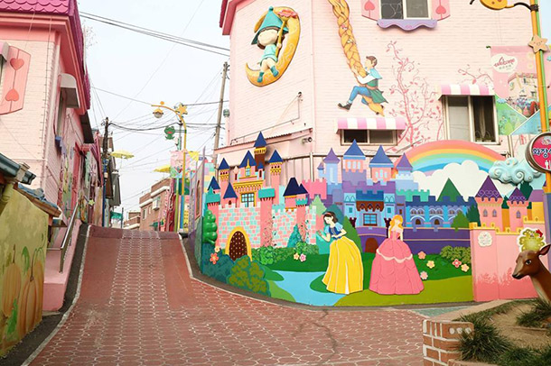 Songwol Dong Fairy Tale Village